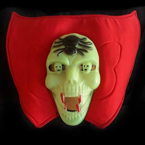 Maschera teschio con ragni fosforescente